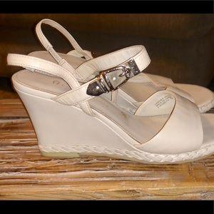 Women's Dress shoes good condition size 7